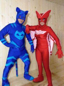 Герои в масках Кэтбой и Аллет